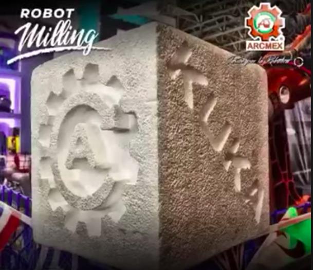 KUKA Robot milling